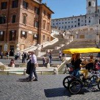 Novel coronavirus losing potency, top Italian doctor says