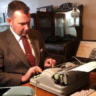 'What a privilege it is': Tom Hanks sends letter to Saskatoon typewriter repairman