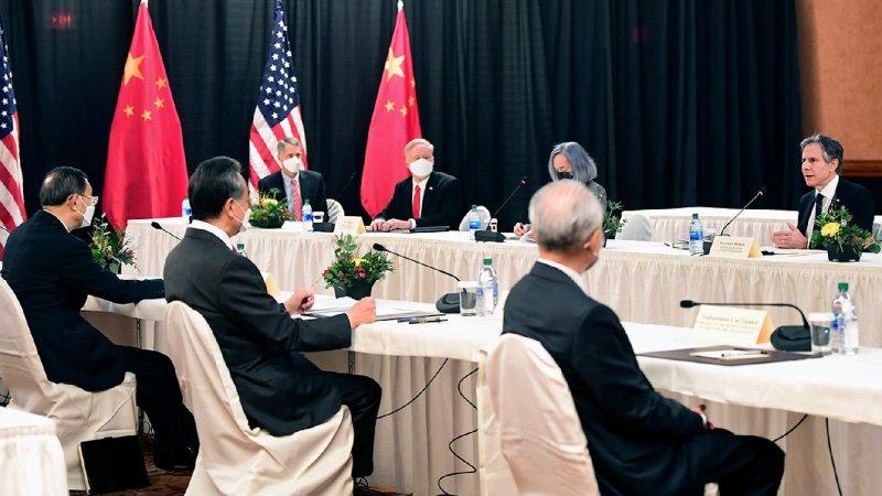 A Meeting of Diplomats