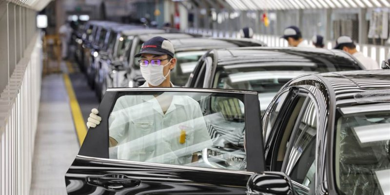 Delay on Suez Canal could cripple already struggling auto industry