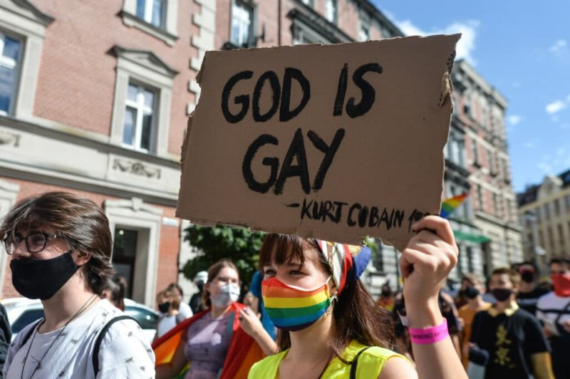 Conservative Christians think LGBT+ progress is an attack, study shows