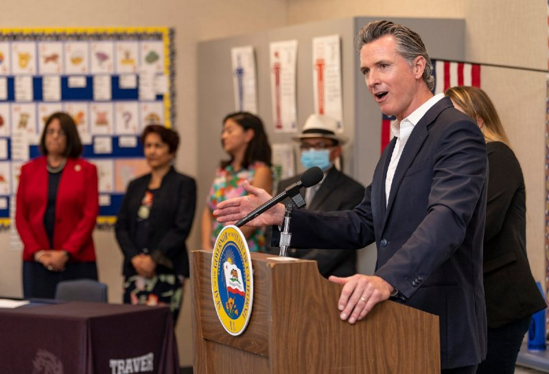 California recall: Newsom leads latest polls as election approaches