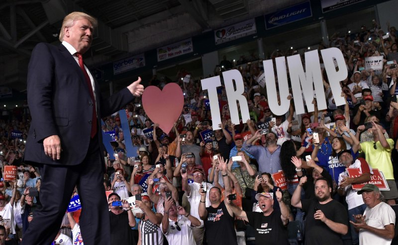 Trump Gets 58% Support of Republicans, Pence 13%, DeSantis 9% in 2024 Primary Poll