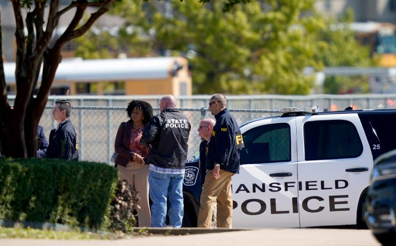 4 injured in shooting at Timberview High School in Arlington, Texas; suspect in custody