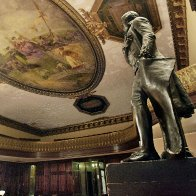 Jefferson Statue Faces Ouster From New York's City Hall - NBC New York