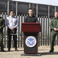 Border chief says 'breaking point' has arrived