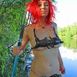 Louisiana Woman Creates Frog Bikini (And It's Ribbiting)
