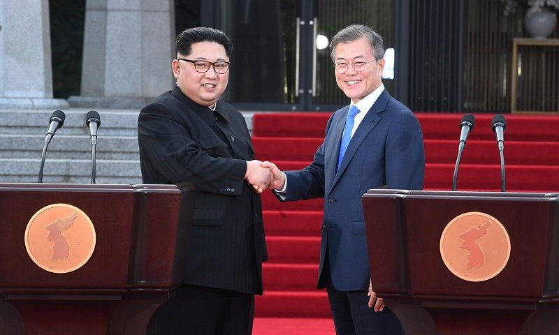 Trump deserves credit for North-South Korea summit, experts say