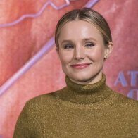 Kristen Bell voices concern about message 'Snow White' sends to daughters