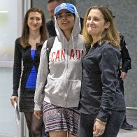 Saudi woman fleeing alleged abuse arrives in Canada