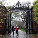 FBI accuses wealthy parents, including celebrities, in college-entrance bribery scheme