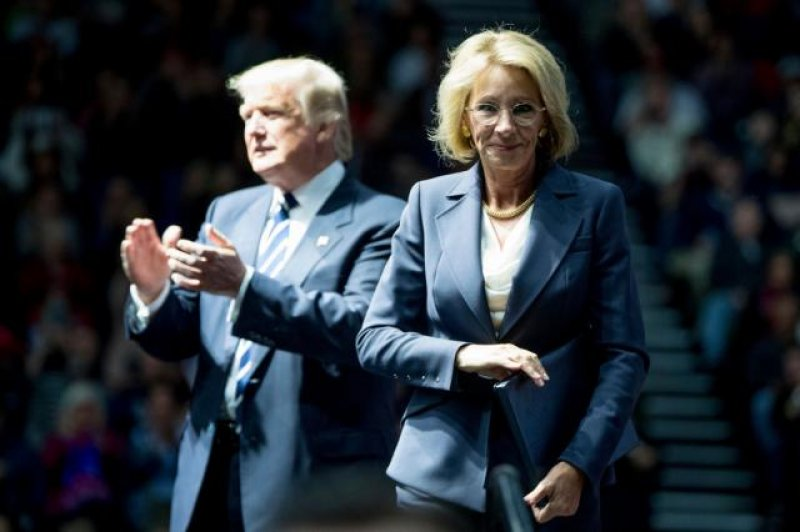 'Quite remarkable': Consumer watchdog says Department of Education is obstructing student loan oversight
