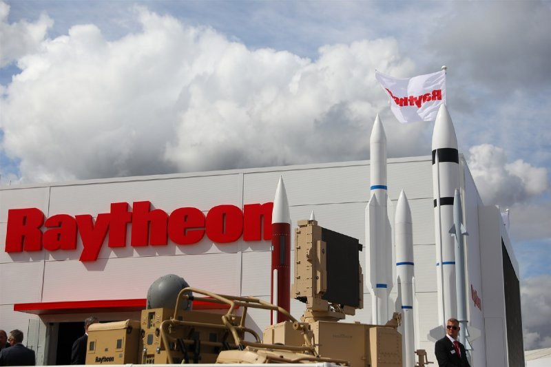 Aerospace giants Raytheon, United Technologies announce merger