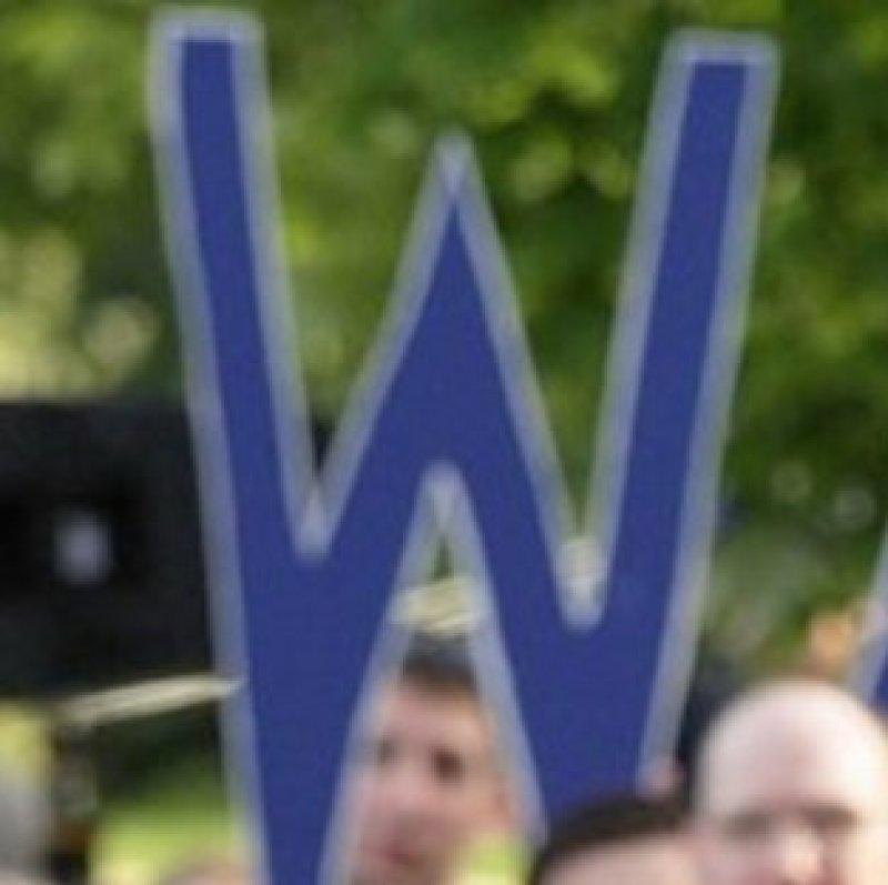 Elizabeth Warren Is Running Like a Woman