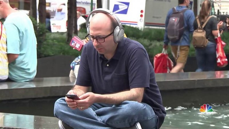 Hunching over phones could cause horn-like bone growth
