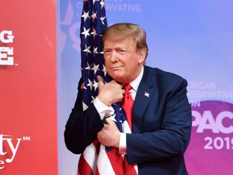 Proud Patriot Trump Says He's Joining Fight To Restore Pledge Of Allegiance