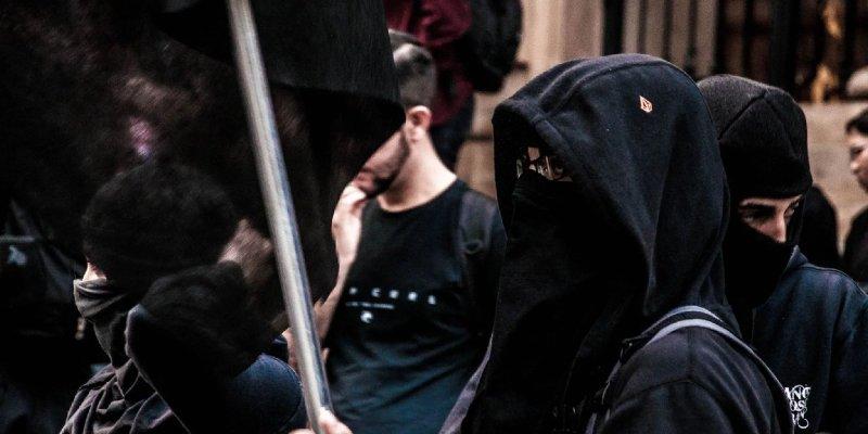 Nazi Troll's Fake Portland Antifa Twitter Tricks Pro-Trump Conservatives