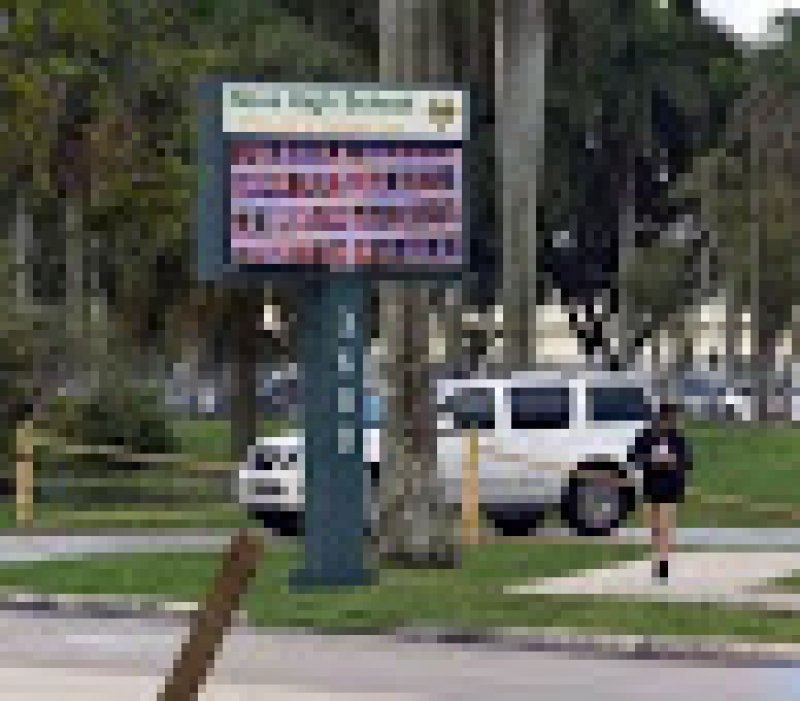 2 alleged shooting threats at separate Florida schools end in arrests on same day