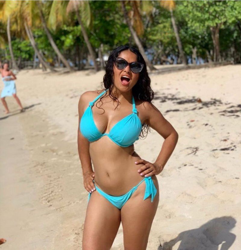 Salma Hayek shows off bikini body on beach trip to celebrate turning 53