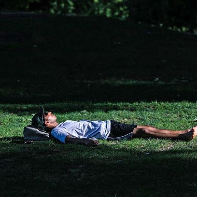 1 to 2 naps a week may help keep your heart healthy, study finds