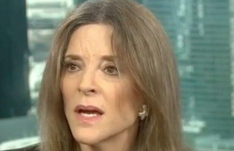 Marianne Williamson Caught on Hot Mic: 'Fox News Is Nicer to Me Than the Lefties'