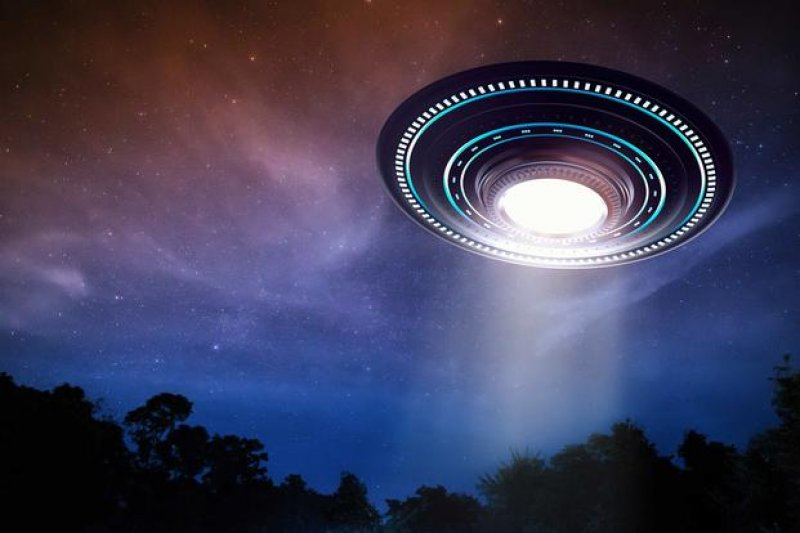 UFO Videos Are Footage of Real 'Unidentified' Objects, US Navy Acknowledges