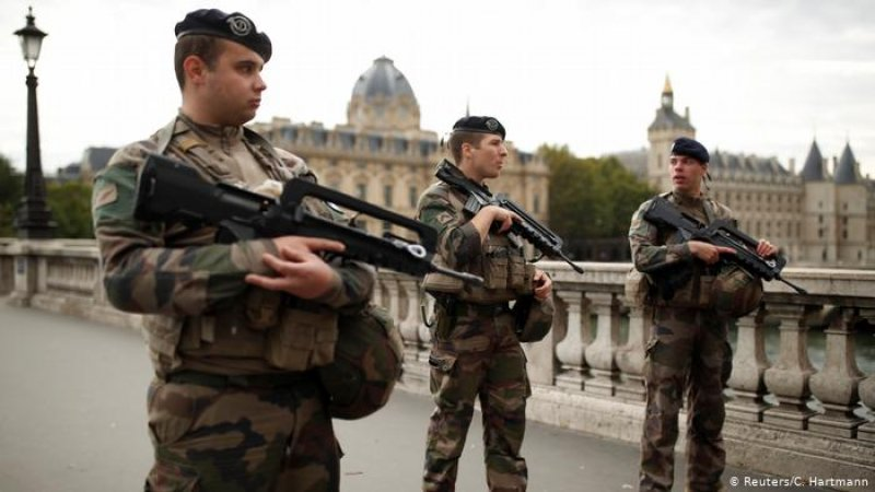 Paris prosecutors: Police attack suspect adhered to 'radical vision of Islam'
