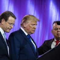 """Religious Leader""  Does Nauseating Faux ""Praying"" Over Trump At Right Wing Conference"