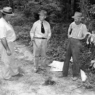 A mob lynching of 4 black sharecroppers in 1946 is focus of court battle over grand jury secrecy