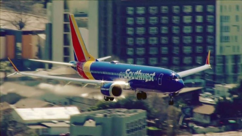 Southwest flight attendant alleges 2 pilots livestreamed video from inside plane bathroom
