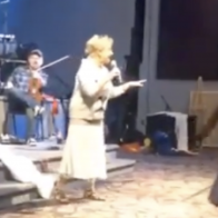 Old woman drops cringy pro-Trump rap during church service: 'No collusion, the ultimate conclusion!'