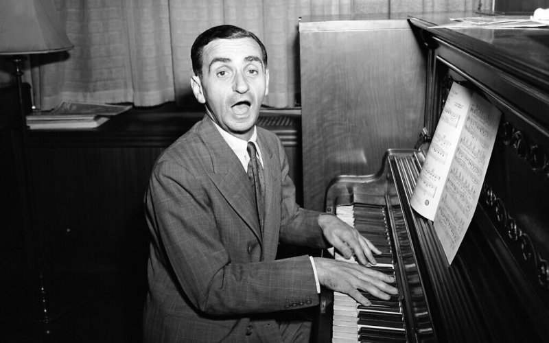 How Jewish-American immigrant Irving Berlin started a Christmas revolution