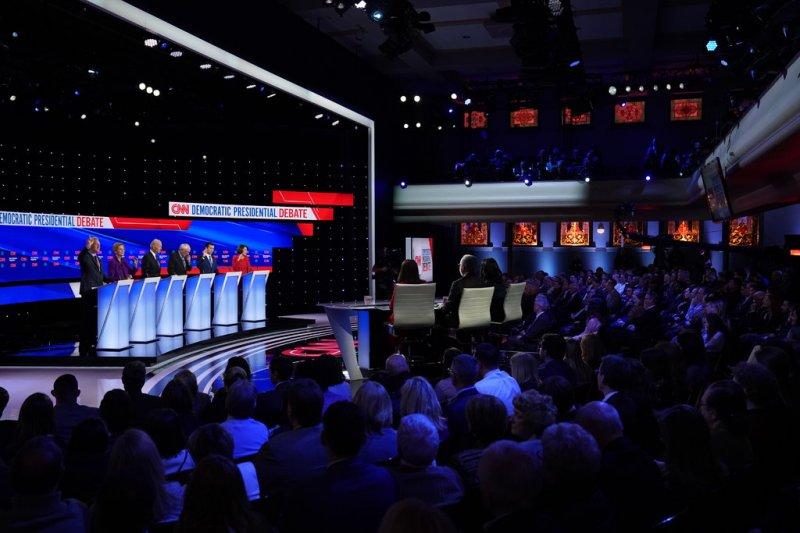 D.N.C. Rules Change for Nevada Debate Could Open Door for Bloomberg