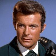 Robert Conrad, Star of TV's 'The Wild Wild West,' Dies at 84