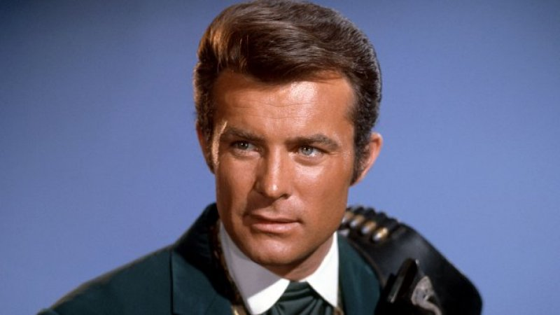 Robert Conrad, Star of TV's 'The Wild Wild West,' Dies at 84