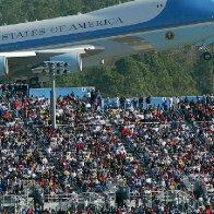 Trump looks to rev up his base at Daytona 500