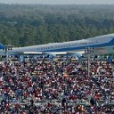 Trump campaign manager deletes dramatic Air Force One photo after people point out it's from 2004