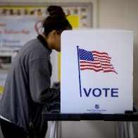 Ahead of 2020 election, a 'Blue Wave' is rising in the cities, polling analysis shows