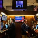 Dow falls 2000 points as Trump's crisis response underwhelms traders, slams stocks