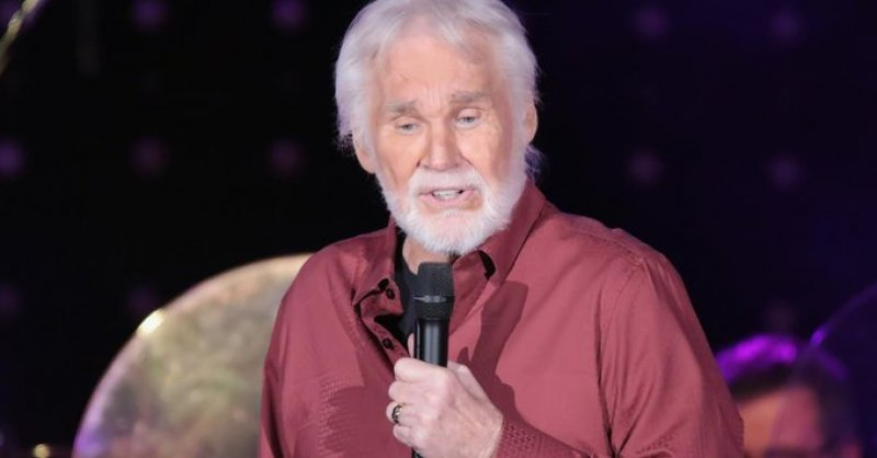 'The Gambler' folds his cards: Kenny Rogers dead at 81