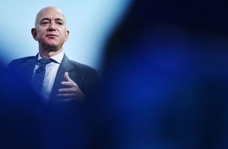 New Jersey Congresswoman Calls Out 'Atrocious Greed' of Jeff Bezos as Amazon Profits During Coronavirus