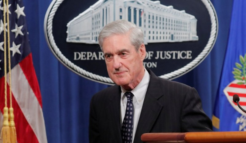 Supreme Court Temporarily Blocks Release of Mueller Grand Jury Docs