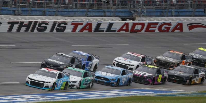 No charges in NASCAR noose incident involving Black driver
