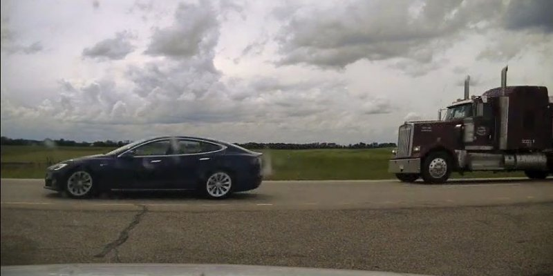 Tesla owner in Canada charged with 'sleeping' while driving over 90 mph - The Verge