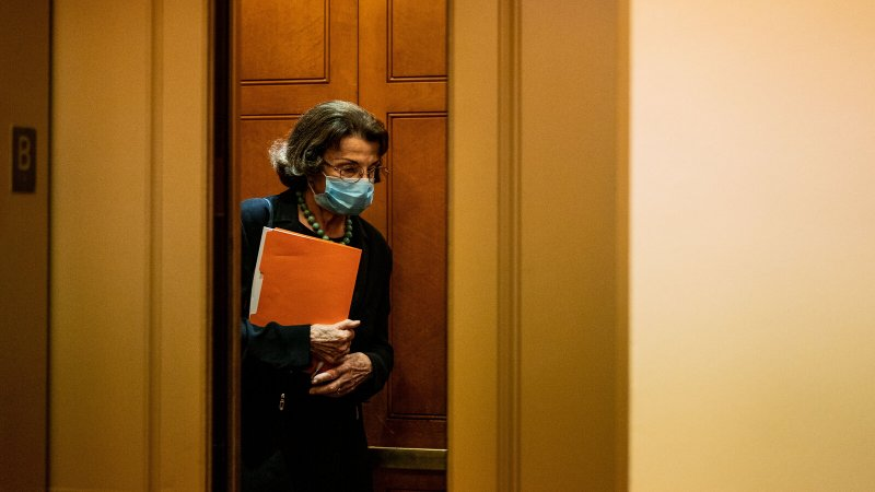 Democrats, Facing Critical Supreme Court Battle, Worry Feinstein Is Not Up to the Task