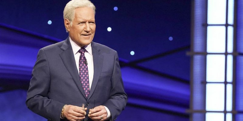 Immigrant families pay tribute to Alex Trebek for helping them learn English