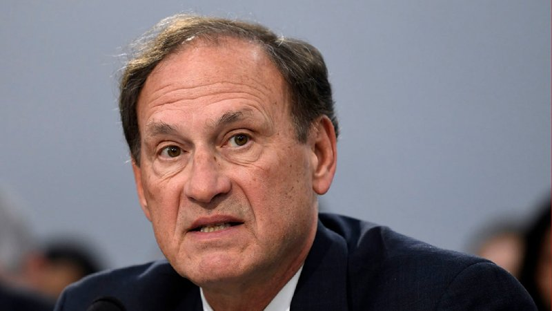 Justice Alito warns of dangers to free speech, religious liberty in Federalist Society address