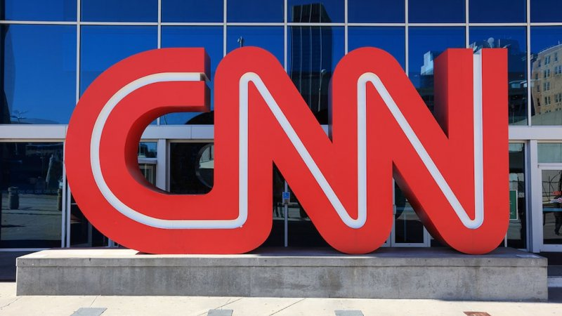 AT&T reportedly looking to sell CNN after 'hit' from 'hating Trump': Gasparino