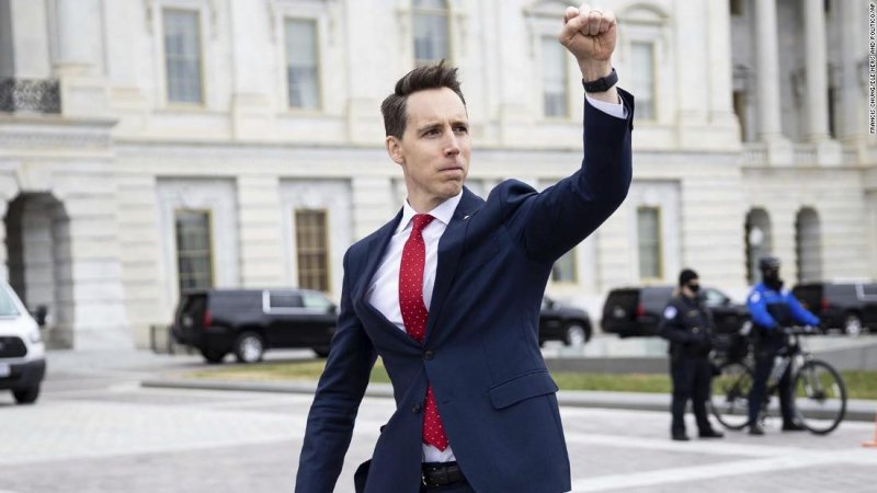 How Josh Hawley's political ploy backfired massively - CNNPolitics