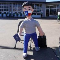 A Ted Cruz pinata brings smiles —and sales — to a Texas party store owner